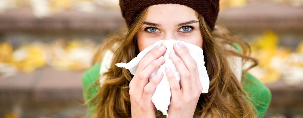 Cómo hacer lavados nasales correctamente